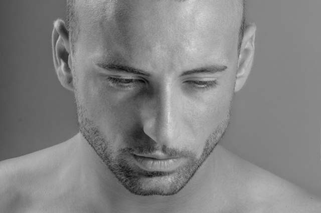 Male-Model-Fashion-Portrait-in-BW-1024x680