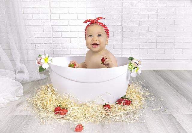strawberries-4110921_640
